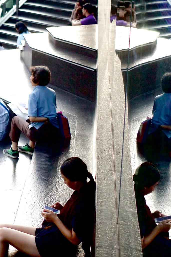 Reflecting_Wall-1600